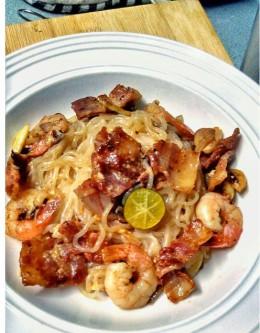 Shirataki Surf & Turf Spaghetti Rezept